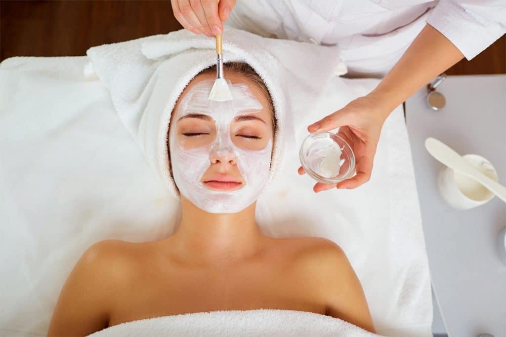 Hautnah Gesichtspflege